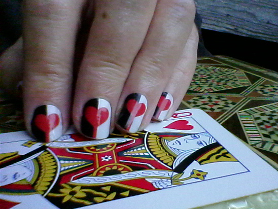 NAS Queen of Hearts on hands